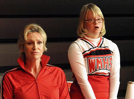 Cast of Glee Backstage