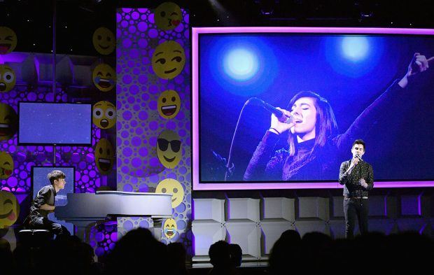 2016 Streamy Awards Pay Tribute to Christina Grimmie