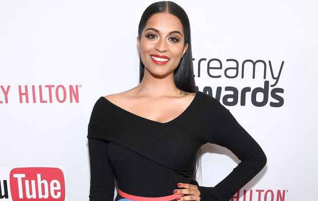Photo Gallery: 2016 Streamy Awards Red Carpet Arrivals